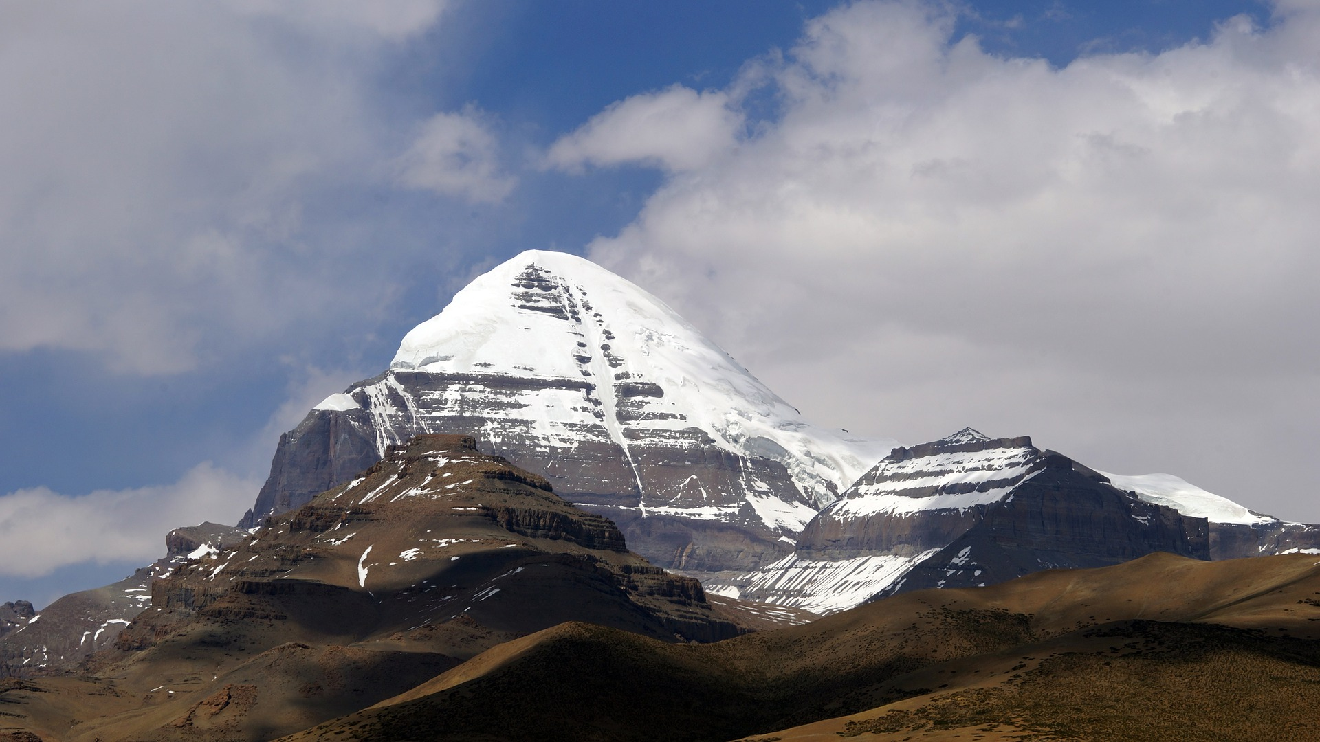 A view of the divine Mount Kailash. Photo: Pixabay