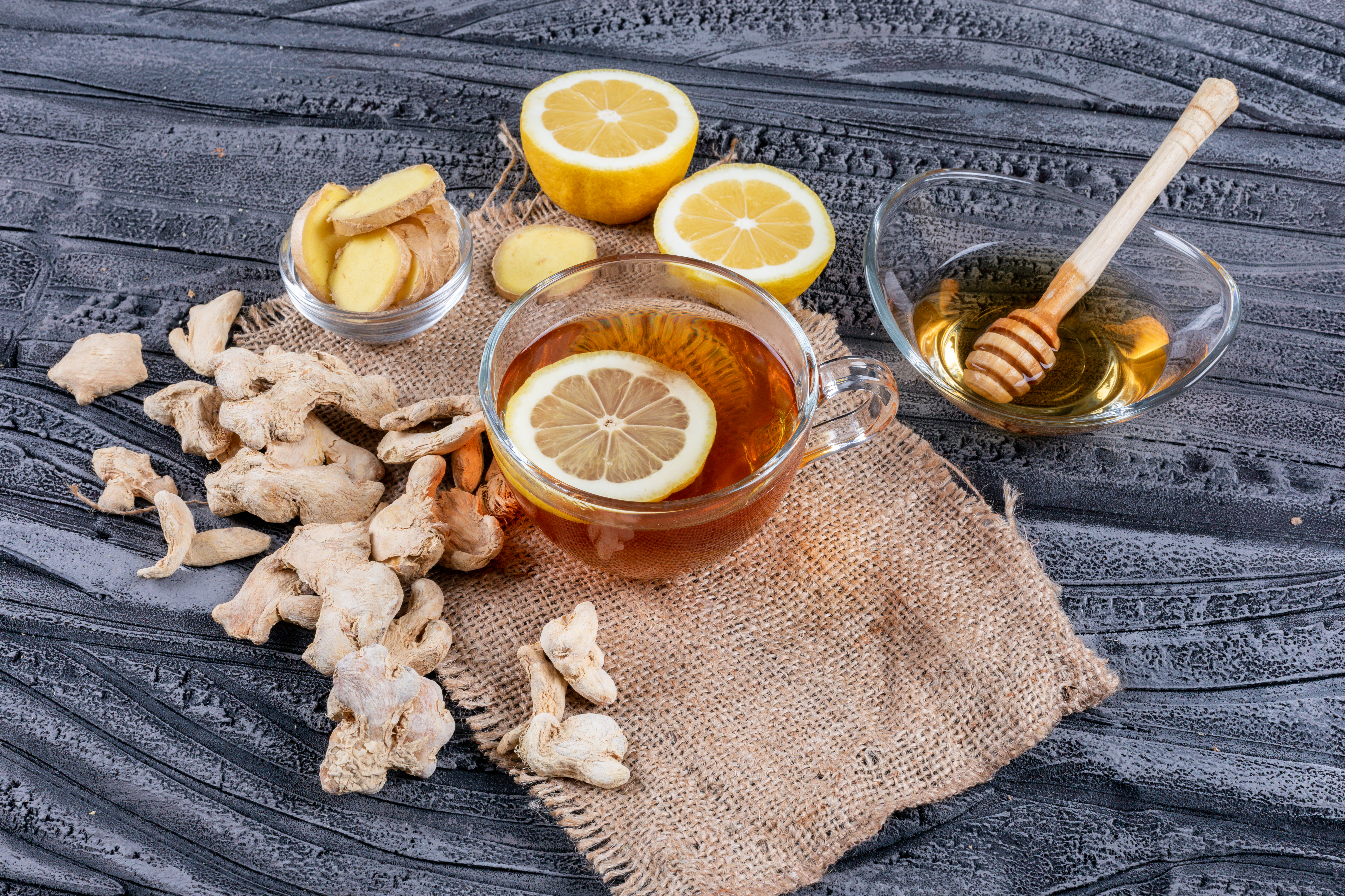 Honey, lemon and ginger are known for their immunity boosting properties. Photo by 8photo/ Freepik